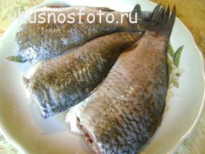 kak-pozharit-karasya-na-skovorode