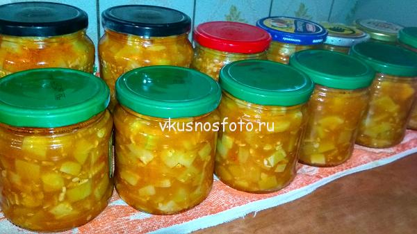kabachki-v-tomatnom-souse