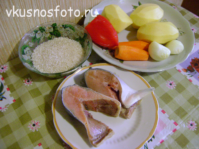 ингредиенты для супа из красной рыбы