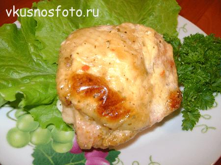 kuritsa-v-lukovom-souse