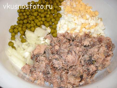 salat-iz-konservirovannoy-skumbrii